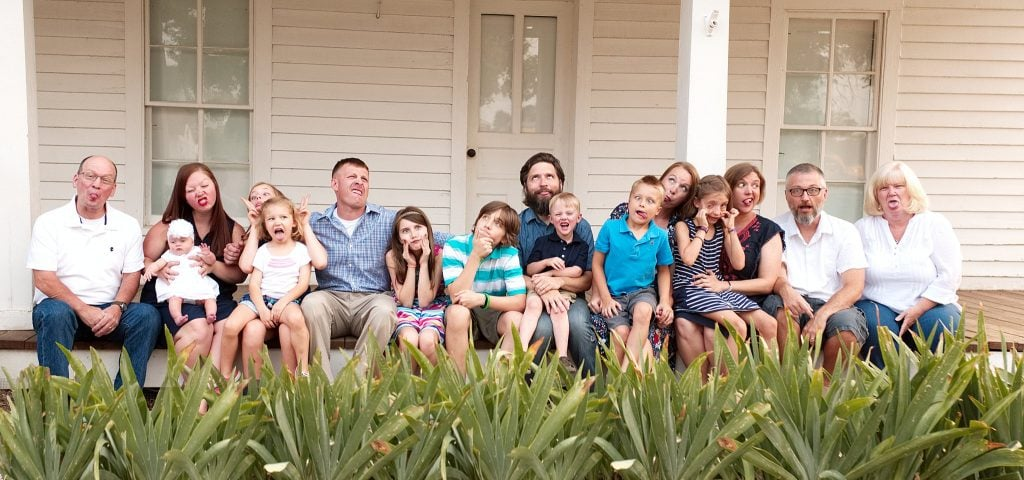 Extended Family, Holiday Photo, Silly faces, child and family photographer,