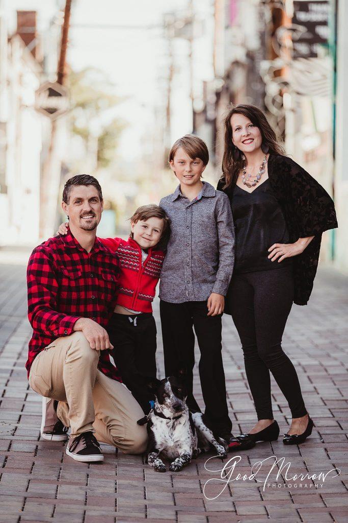 Good Morrow Photography - family on brick walk